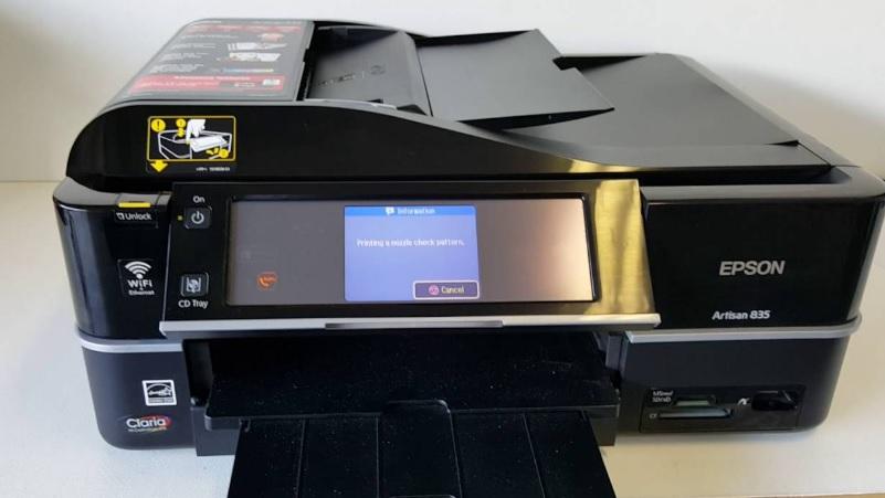 Epson Artisan 835 Wireless AIO Multifunction Printer Review